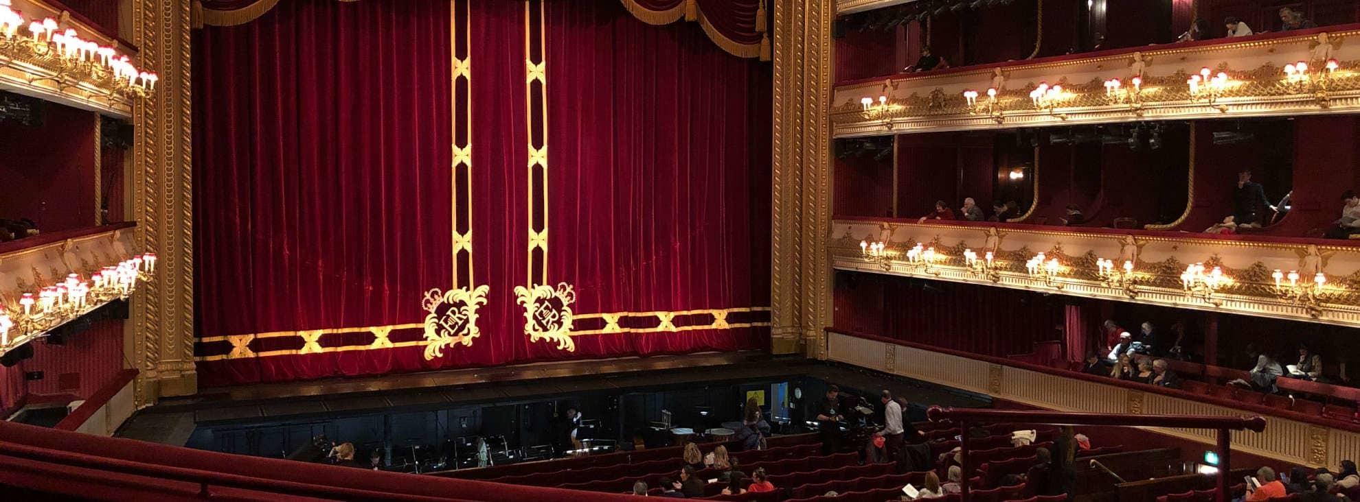 Opernsänger werden: So schaffst Du es auf die große Bühne