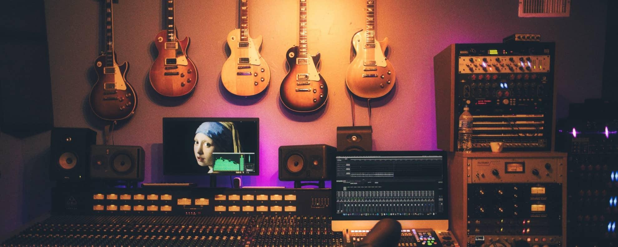 Musikproduktion Studium: Dein Weg ins Musikbusiness