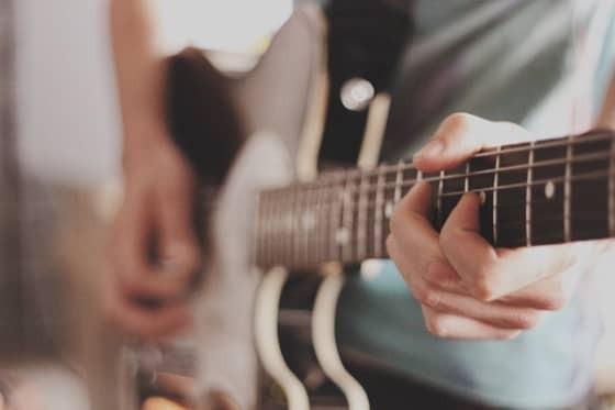 Wie kann man Songwriter werden?