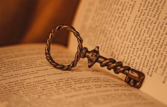 Wie baue ich den Spannungsbogen eines Romans auf?